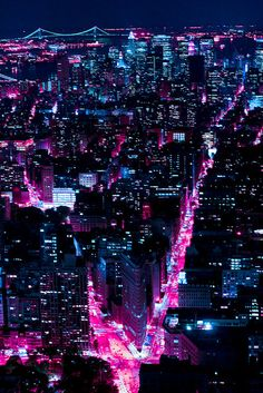 vaporwave city Neon New York // Scott Norsworthy City Aesthetic, Purple Aesthetic, Aesthetic Outfit, Night Aesthetic, Aesthetic Dark, Aesthetic Grunge, Mode Poster, Ville New York, Catty Noir
