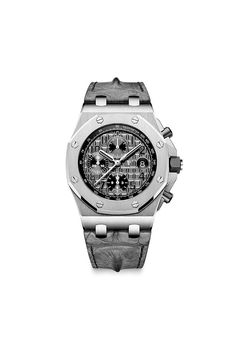 The Royal Oak Offshore Chronograph, first released in is the watch that started today's trend for larger watches. New for 2014 AP has intorduced four new dial colors. Shown is the stainless stee Audemars Piguet Gold, Audemars Piguet Diver, Audemars Piguet Watches, Old Watches, Modern Watches, Luxury Watches For Men, Unique Watches, Ap Royal Oak, Royal Oak Offshore Chronograph