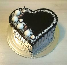 Birthday cake by AndyCake Red Birthday Cakes, Elegant Birthday Cakes, Cake Icing, Cupcake Cakes, Birthday Cake Pinterest, Cake Design Inspiration, Cake For Husband, Chocolate Snacks, Cake Decorating Videos