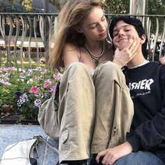 Cute Couple Pictures, Friend Pictures, Couple Photos, Cute Relationship Goals, Cute Relationships, Cute Couples Goals, Couple Goals, The Love Club, Teen Romance