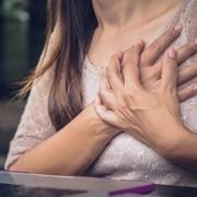 Chest pain that comes and goes: Causes and symptoms — Medical News Today Muscle Spasms, Muscle Pain, Heart Disease Risk Factors, Jaw Pain, Deep Breathing Exercises, Medical News, Signs And Symptoms, Cardiovascular Disease, Come And Go