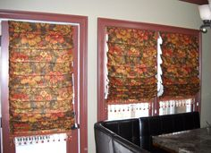 #Windowtreatments  Hobbled #RomanShades in a large floral print linen & fabulous fringe www.LadyDiannes.com
