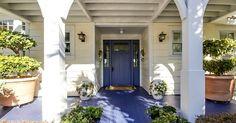Beach House on Amelia Island with Blue Door | hookedonhouses.net