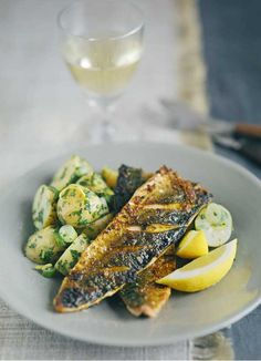 Spiced mackerel fillets with potato salad