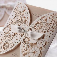 but use an old brooch instead of a ribbon! Perfect!