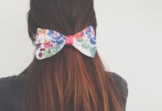 Hair Bow: Flower pattern by AccordingtoPanda on Etsy