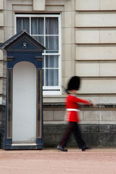 In a hurry, London, England // more impressions on www.bergfolio.de/scotland
