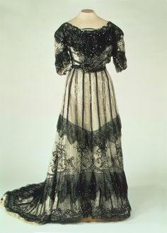 Evening Dress of Empress Alexandra Fyodorovna, Russia, Early 20th Century