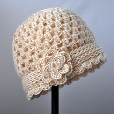Free Pattern: Crochet Valentine Heart Earflap Hat | Classy Crochet