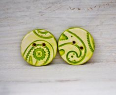Ceramic Button Green Round with Paisley design leaves and flowers Bright Green and White
