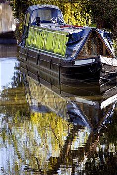 Contrasts - Cropredy, Oxfordshire