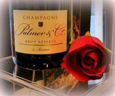 Champagne per brindare ad un incontro e … non solo !