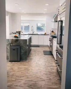 Kitchen Room Design, Home Room Design, Modern Kitchen Design, Home Decor Kitchen, Modern House Design, Interior Design Kitchen, Kitchen Ideas, Modern Kitchen Interiors, Luxury Homes Interior