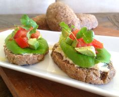 Raw Bread: This recipe is such a fantastic gluten free, raw, vegan, alternative to conventional bread. Highly nutritious and full of omega-3's, fibre, protein and calcium.