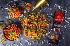 WIECZÓR Z GWIAZDAMI - Just a SALAD - Przepisy na Sałatki Salad, Ethnic Recipes, Food, Essen, Salads, Meals, Lettuce, Yemek, Eten