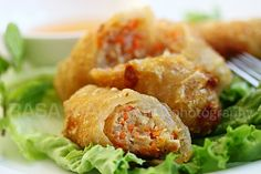 Vietnamese Spring Rolls (Cha Gio)  |  Recipe can be tweaked to be vegetarian
