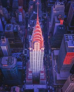 The Chrysler Building by @tobyharriman