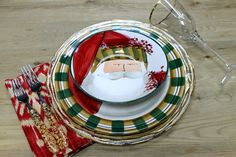 VIETRI Old St. Nick blinged out with Gold Ruffle