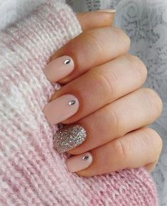 Nail Designs for Spring Winter Summer Fall. Don't worry if you are a beginner and have no idea about the nail designs. These pink nail art designs for beginners will help you get ready for your date Nail Art Design Gallery, Gel Nail Art Designs, Elegant Nail Designs, Elegant Nails, Nail Designs Easy Diy, Diy Nails, Cute Nails, Shellac Nails, Stiletto Nails