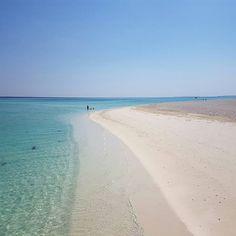 Time to rest. #maldives #islandlife #nalaguraidhoo #maldivesislands #ig_maldives #beach #whitesand by mirjouline