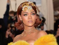 Detalle del look de Rihanna en el MET 2015  No puede ser mejor, fabuloso