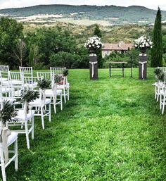 Wedding Ceremony in Tuscany Planning and Coordination #SposiamoVi http://sposiamovi.it/en/locations/wedding-tuscany/