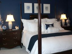 There is something about a navy blue bedroom that intrigues me.