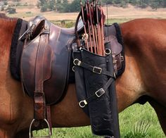 Ravenswood Leather quiver mounted of a saddle, nice!