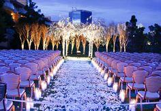 Vegas va va voom! Flowering chuppah for a nighttime ceremony outside the Wynn {Planning/design: Amy Kaneko Events / Photo: Riccardo Savi}