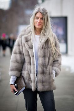 NEW YORK, NY - FEBRUARY Sarah Harris is seen wearing a jacket from Lilly e Violetta and jeans from Paige on the Streets of Manhattan on February 2014 in New York City. (Photo by Timur Emek/Getty Images) Sarah Harris, Fur Fashion, Winter Fashion, Long Gray Hair, Hair Starting, Vogue Uk, Ageless Beauty, Going Gray, Silver Hair