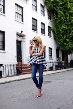 skinny jeans with checkered top
