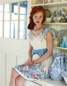 summer dresses, hair colors, ginger, red hair, blue, the dress, red lips, redhead, floral dresses