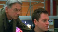 NCIS 04x22 In The Dark Ncis Tv Series, Police Crime, Mark Harmon, The Darkest, Tv Shows, Season 4, People, Cinema, Entertainment