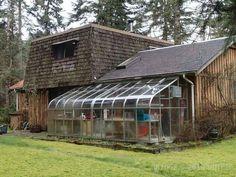 Greenhouse (off sitting room)