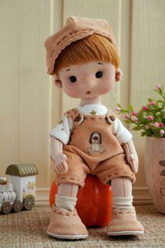 Crochet Dolls Free Patterns, Doll Patterns, Crochet Toys, Fabric Dolls, Paper Dolls, Beautiful Dolls, Pretty Dolls, Homemade Dolls, Realistic Dolls
