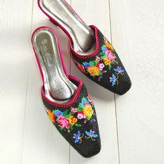 Handmade Beads Art Lounge Shoes ハンドメイド ビーズアート ラウンジシューズ - Beckyson ベッキーソン  http://www.beckyson.co/?pid=69098850