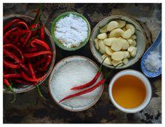 Indonesian Medan Food: Sambal Botol Cabe Merah ( Garlic Chilli Sauce)