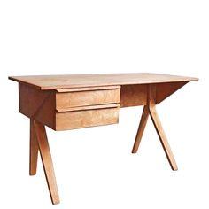 Wyjątkowe i rzadkie biurko autorstwa Cees Braakmana. Projekt z roku 1952 dla wytwórni Pastoe. Obecne…