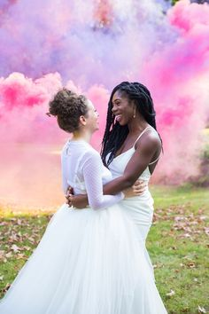 What could possibly be cuter than Brooke and Lauren's colorful outdoor wedding? {Jenna Bascom Event & Editorial Photography} | same sex wedding | lesbian wedding | outdoor wedding | colorful wedding | pastel | summer wedding