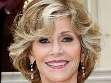 """Jane Fonda Hairstyles It is said that your body language speaks louder than your word.Read More """"Jane Fonda Hairstyles"""" Jane Fonda Hairstyles, Short Hairstyles For Women, Hairstyles With Bangs, Cool Hairstyles, Hairstyle Ideas, Korean Hairstyles, Hairstyles 2018, Party Hairstyles, Hairstyles For Over 50"""