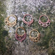 New gold fancies from @buddhajewelryorganics in yellow gold, rose gold, and one with combo of both. Great for septums and daiths!