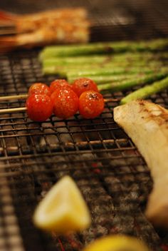 Robata-grilled prawns, asparagus and cherry tomatoes at Dragonfly Orlando. Mm mmm!