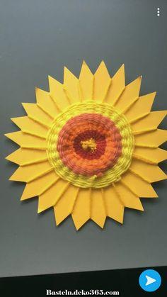 Außergewöhnlich Sonne gewebt - Everything About Kindergarten Art For Kids, Crafts For Kids, Arts And Crafts, Weaving Projects, Art Projects, Yarn Crafts, Paper Crafts, Classe D'art, Weaving For Kids