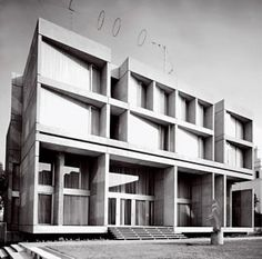 Czechoslovak Embassy in London designed by Jan Bocan, 1968