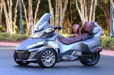 2014 Can-Am Spyder RT (ok, not a car but I want one)
