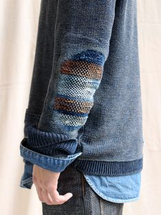 "bandannawanderings: "" Sashiko and Patches - My legs "" "" Kleidung Design, Diy Kleidung, Elbow Patch Sweater, Elbow Patches, Visible Mending, Make Do And Mend, Moda Casual, Darning, Pulls"