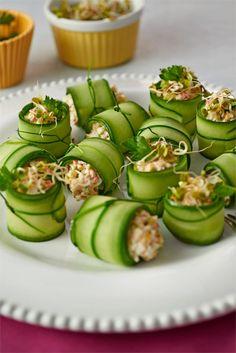 Cucumber Recipes, Sushi Recipes, Snack Recipes, Healthy Recipes, Vegan Cafe, Good Food, Yummy Food, Ketogenic Recipes, Going Vegan