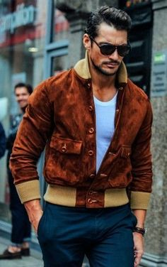 How To Buy And Wear A Leather Jacket For Men http://www.99wtf.net/young-style/urban-style/mens-snapback-urban-fashion/