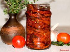 Вяленые помидоры в масле с тимьяном