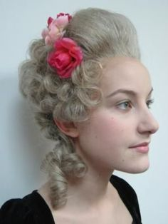 Oh how to learn how to do century hair- would be beautiful with longer hair 18th Century Dress, 18th Century Costume, 18th Century Clothing, 18th Century Fashion, 17th Century, 18th Century Wigs, Marie Antoinette, Pompadour, Historical Hairstyles